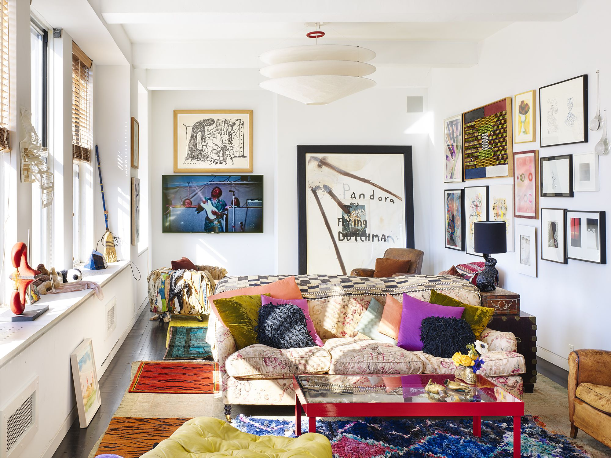 7 Small Space Décor Solutions