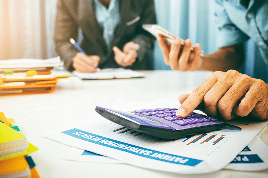 Calculating pay loans