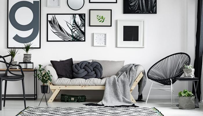 Give a touch of style to the walls of your home and enhance its look